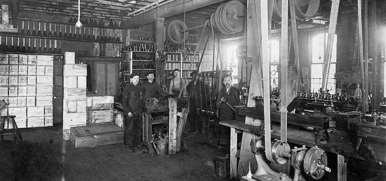 Creelmans Kniiting Machine Co Staff